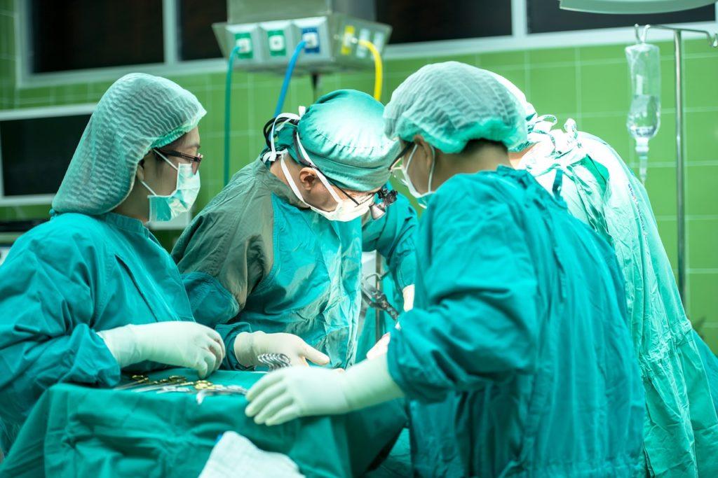 手術の画像